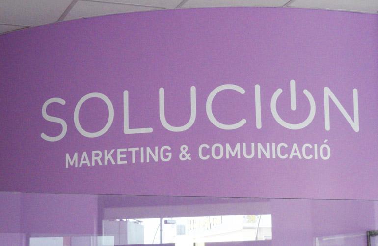 Logotipo pared