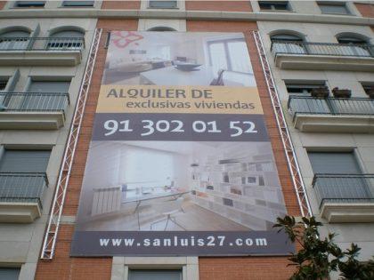 Razones para usar lonas publicitarias para tu negocio en Barcelona